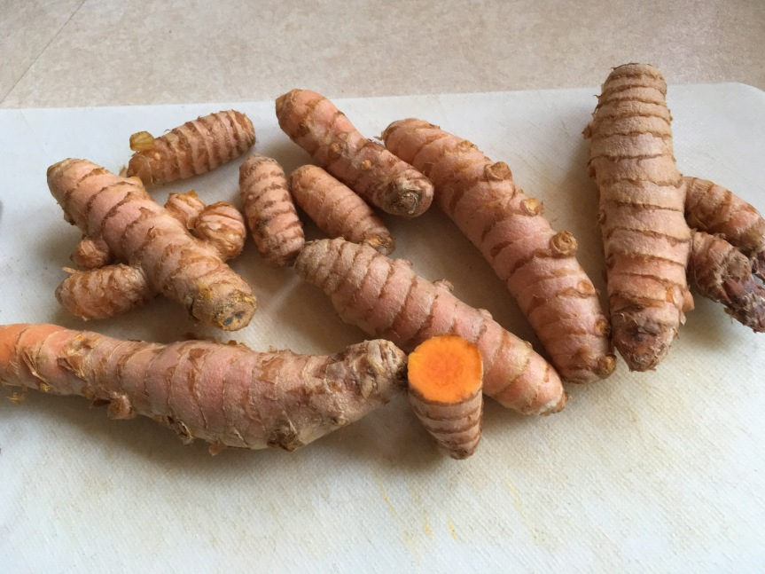 Turmeric: The Super-Supplement (Spicy Anti-Inflammatory Juice Recipe Included).